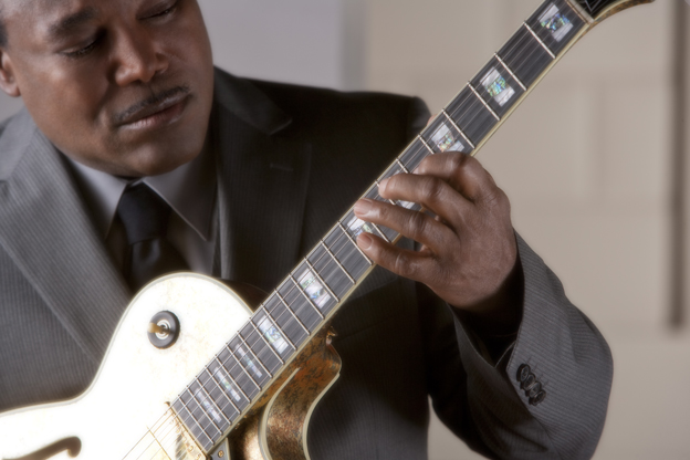 George Benson Los Angeles Tickets on September 11, 2013 at Hollywood Bowl Los Angeles